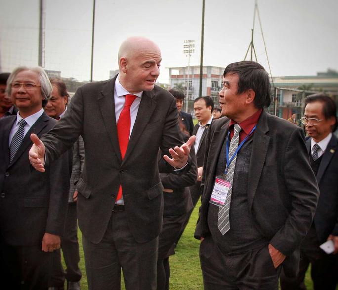 Ông Nguyễn Xuân Gụ từ chức Phó chủ tịch VFF, không ra tranh cử - Ảnh 2.
