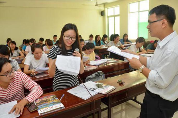 Từ 1-7, sẽ điều chỉnh mức lương, chính sách tuyển dụng giáo viên - Ảnh 2.