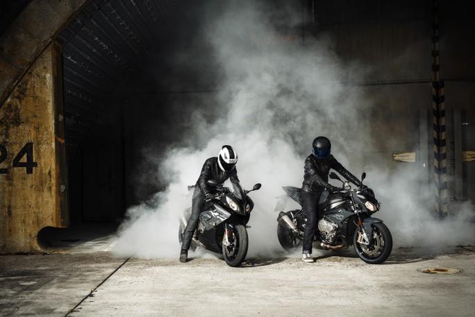 THACO công bố giá mới cho loạt mô tô phân khối lớn BMW Motorrad - Ảnh 2.