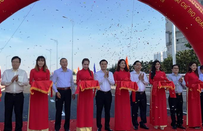 TP HCM: Cầu qua đảo Kim Cương chính thức thông xe - Ảnh 5.