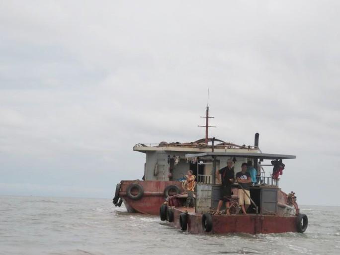 Cuộc chiến ngao - cát ở cửa biển Hải Phòng - Ảnh 1.
