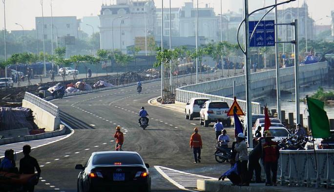 TP HCM: Cầu qua đảo Kim Cương chính thức thông xe - Ảnh 3.