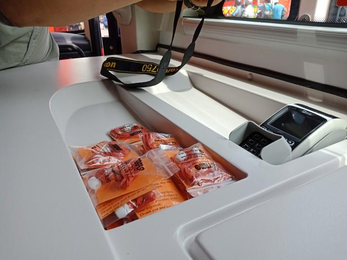 300.000-650.000 đồng để trải nghiệm, ngắm Hà Nội từ trên xe buýt 2 tầng - Ảnh 13.