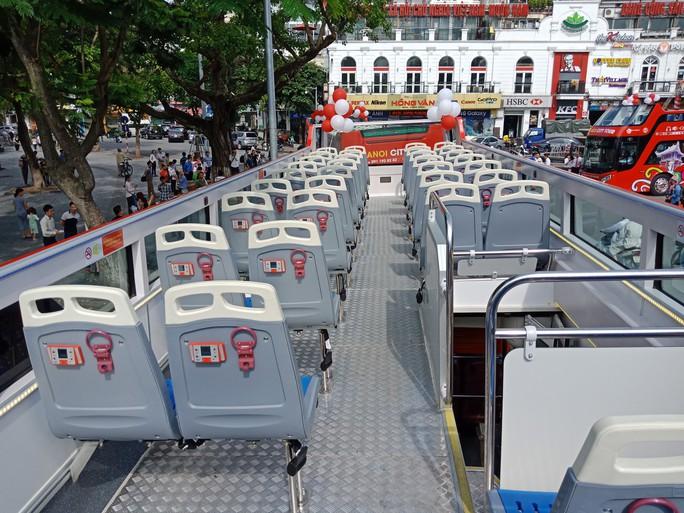 300.000-650.000 đồng để trải nghiệm, ngắm Hà Nội từ trên xe buýt 2 tầng - Ảnh 14.