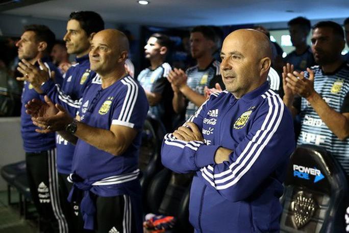 Giao hữu: Messi lập hat-trick, Argentina đè bẹp tí hon Haiti - Ảnh 3.