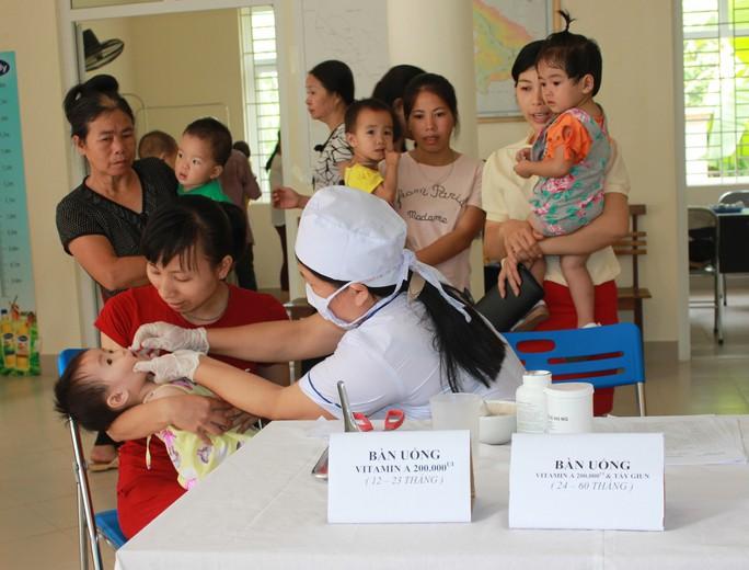 Việt Nam rớt 4 hạng trong các quốc gia tốt nhất dành cho trẻ em - Ảnh 1.