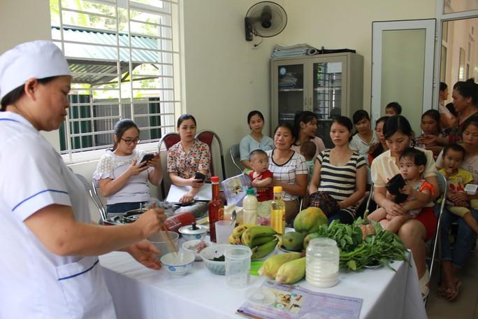 Việt Nam rớt 4 hạng trong các quốc gia tốt nhất dành cho trẻ em - Ảnh 2.