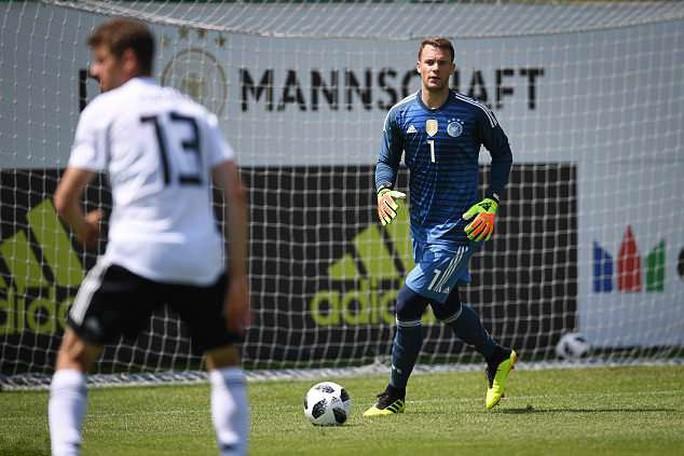 Manuel Neuer trở lại, khung thành tuyển Đức dậy sóng - Ảnh 1.
