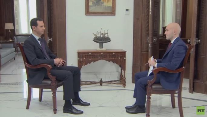 Tổng thống Assad: Mỹ phải rút khỏi Syria - Ảnh 2.