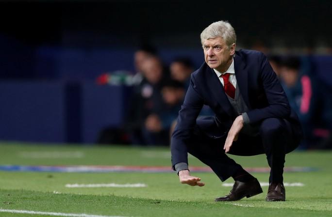 HLV Wenger: Tôi đau buồn khi phải ra đi theo cách này - Ảnh 3.