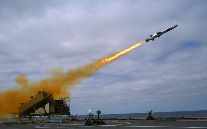 Hải quân Mỹ đua với Nga - Trung - Ảnh 2.