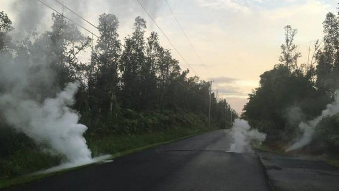 Tuyến lửa rợn người trên đảo Hawaii - Ảnh 2.