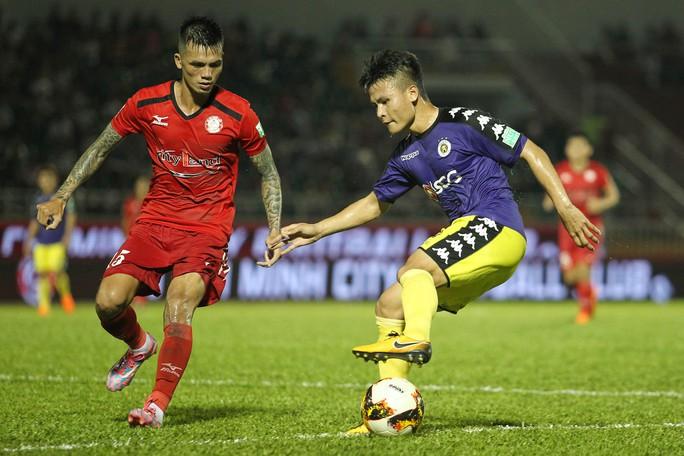 clip: Ngược dòng hạ TP HCM, Hà Nội tiếp tục dẫn đầu V-League - Ảnh 5.