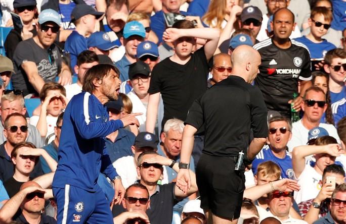 Đánh bại Liverpool, Chelsea khiến cuộc đua vào tốp 4 kịch tính - Ảnh 3.