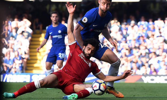 HLV Klopp chỉ trích Salah ăn vạ - Ảnh 1.