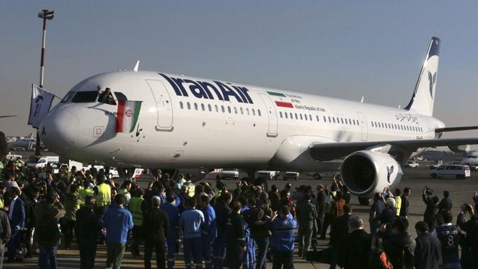 Hàng tỉ USD treo lơ lửng quanh thỏa thuận hạt nhân Iran - Ảnh 1.