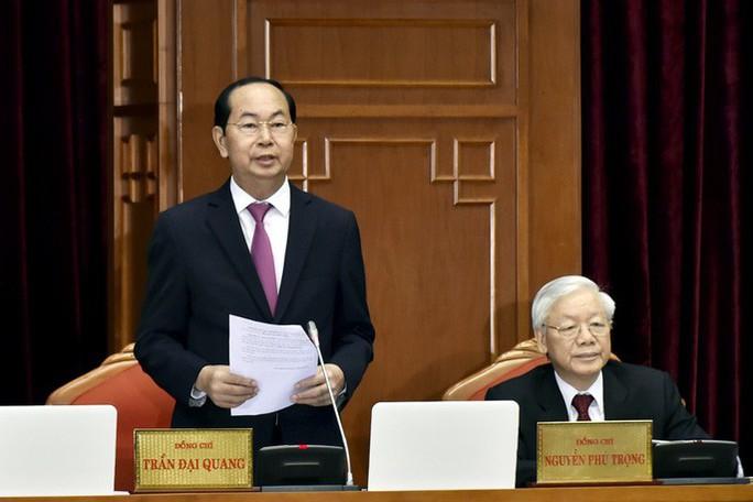 Chủ tịch nước Trần Đại Quang điều hành ngày làm việc đầu tiên Hội nghị Trung ương 7 - Ảnh 1.