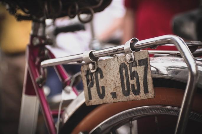 Độc đáo những xe đạp cổ giá nghìn đô giữa lòng Hà Nội - Ảnh 12.