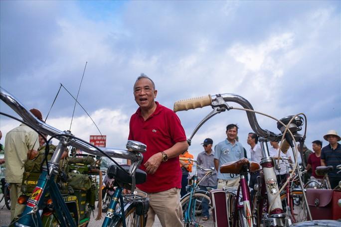Độc đáo những xe đạp cổ giá nghìn đô giữa lòng Hà Nội - Ảnh 5.