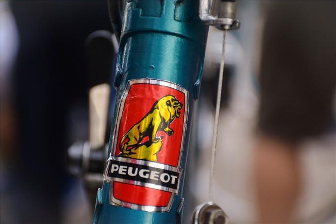 Độc đáo những xe đạp cổ giá nghìn đô giữa lòng Hà Nội - Ảnh 6.