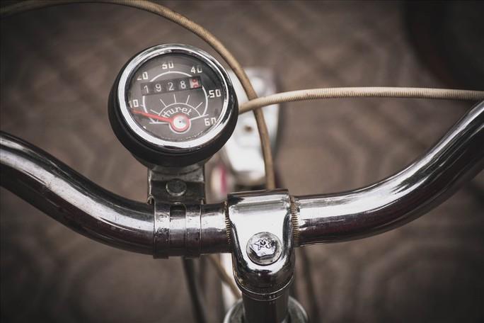 Độc đáo những xe đạp cổ giá nghìn đô giữa lòng Hà Nội - Ảnh 8.
