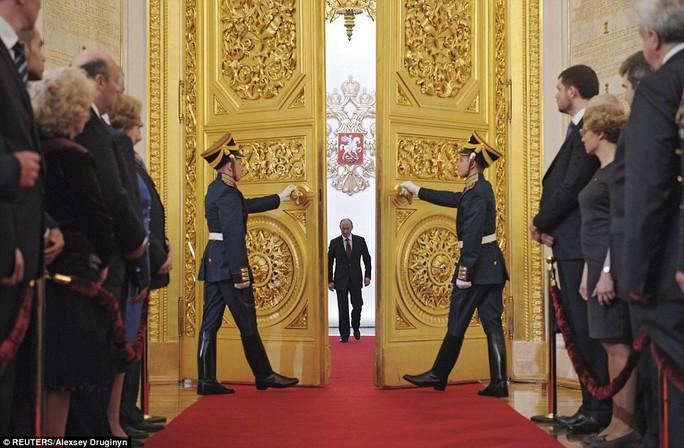 Ông Putin cảm ơn ông Medvedev, tiết lộ mục tiêu quan trọng - Ảnh 2.