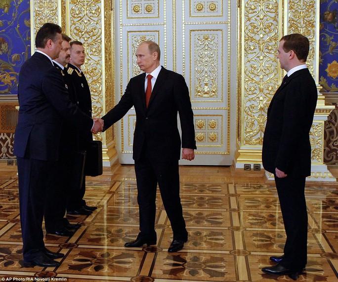 Ông Putin cảm ơn ông Medvedev, tiết lộ mục tiêu quan trọng - Ảnh 4.