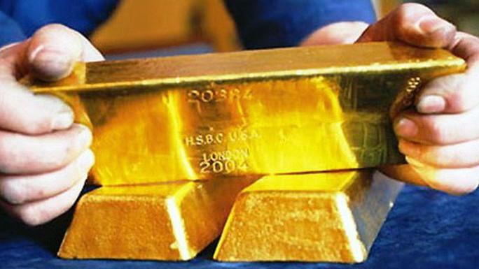 Tại sao dân gửi vàng ngân hàng thu phí, gửi USD thì lãi suất 0%? - Ảnh 1.