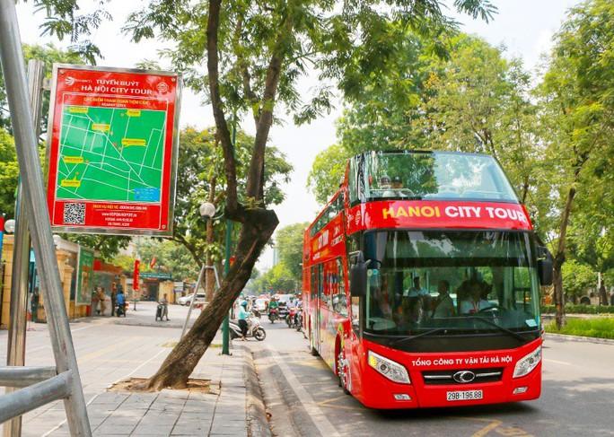 Xe buýt 2 tầng vắng khách, Tổng Công ty Vận tải Hà Nội nói gì? - Ảnh 4.