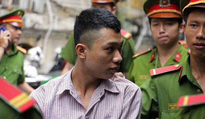 Giết người vì bị ép quan hệ đồng tính, nam thanh niên bị 10 năm tù - Ảnh 1.