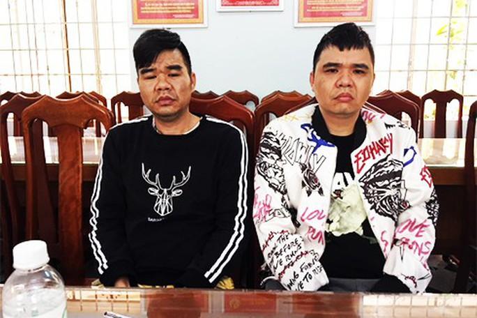Bắt 2 trùm xã hội đen Trung Quốc tại Nha Trang - Ảnh 1.