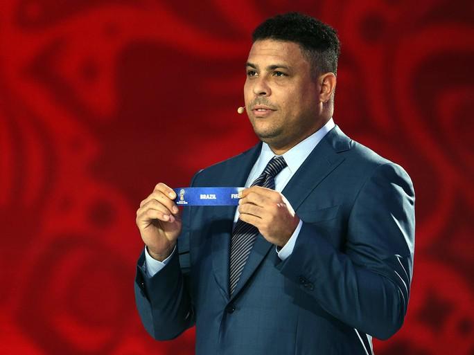 Ronaldo béo sẽ khuấy động lễ khai mạc World Cup 2018 - Ảnh 2.