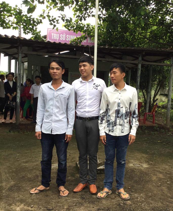 Gia đình 3 thanh niên bị oan ở Cà Mau không chấp nhận lời xin lỗi của VKS - Ảnh 1.