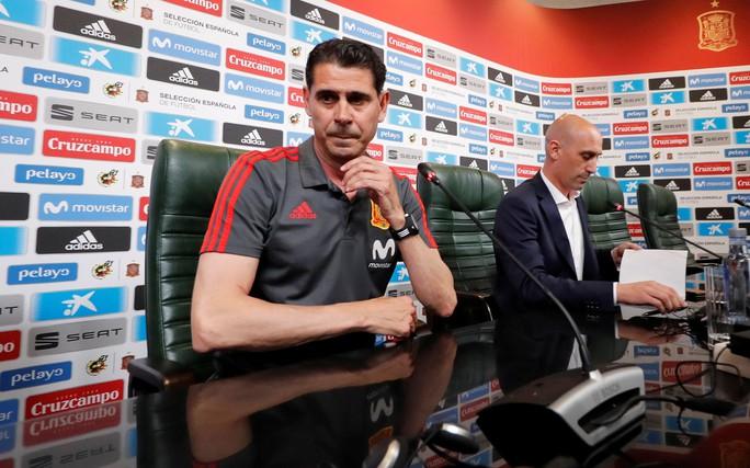 Hierro từ chức HLV trưởng tuyển Tây Ban Nha - Ảnh 4.