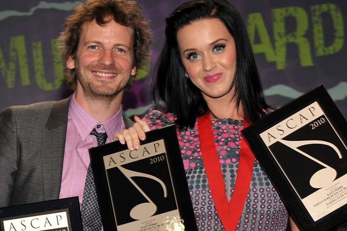 Rò rỉ đơn Luke bác cáo buộc cưỡng hiếp Katy Perry - Ảnh 2.