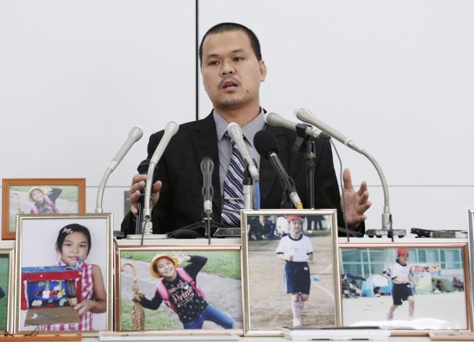 Cha của bé Nhật Linh yêu cầu tử hình bị cáo - Ảnh 1.