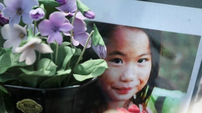 Cha của bé Nhật Linh yêu cầu tử hình bị cáo - Ảnh 2.
