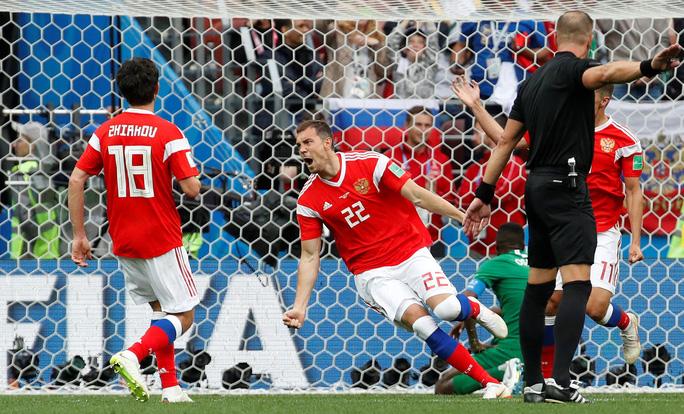 Nga - Ả Rập Saudi 5-0: Thắng đậm vì đối thủ quá yếu - Ảnh 3.