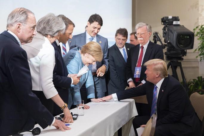 Những phát ngôn bây giờ mới tiết lộ của ông Trump tại G7 - Ảnh 2.