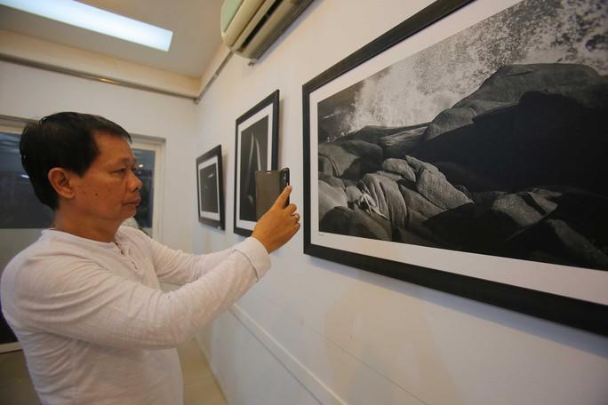 Ồn ào với ảnh khỏa thân của Thái Phiên - Ảnh 15.