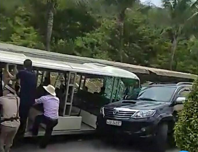 Lãnh đạo KDL Bà Nà Hills xin lỗi du khách vì ô tô điện gây tai nạn - Ảnh 1.