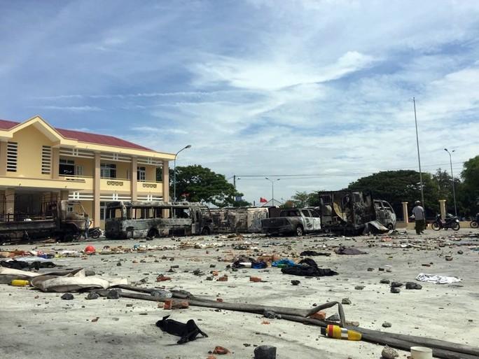Khởi tố 7 đối tượng trong vụ gây rối, manh động ở Bình Thuận - Ảnh 1.