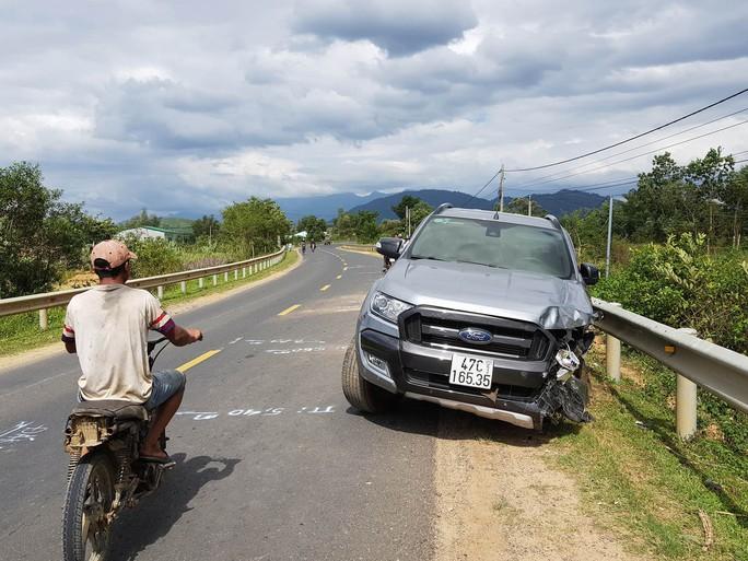 Xe con tông xe máy, nam thanh niên tử vong khi vừa ra khỏi nhà - Ảnh 1.