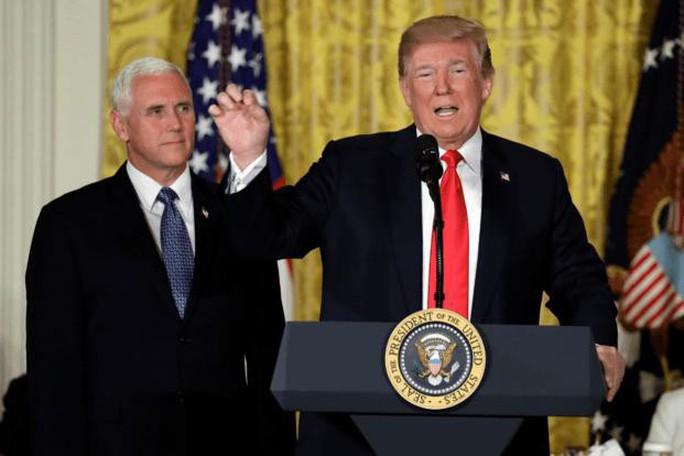 Ông Trump muốn lập lực lượng thống trị không gian - Ảnh 1.