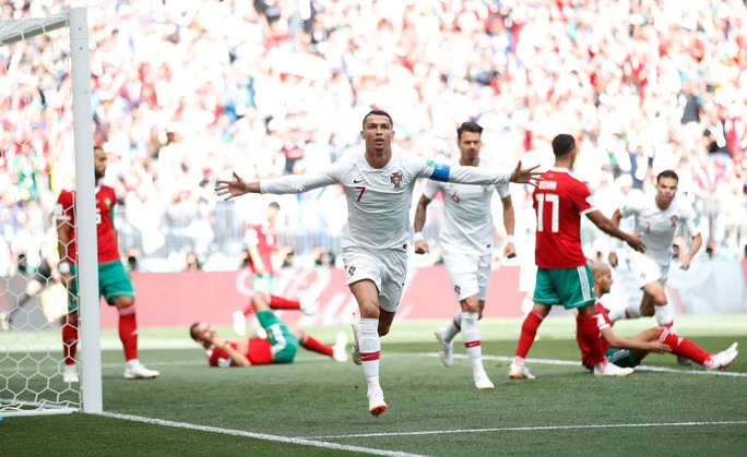 Ronaldo vẫn quá xuất sắc ở tuổi 33 - Ảnh 1.