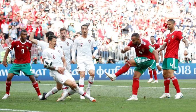 Morocco khóc vì Ronaldo - Ảnh 1.