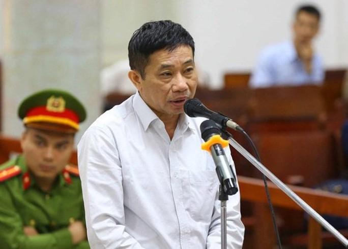 Nguyễn Xuân Sơn khai lót tay 180 tỉ đồng, Ninh Văn Quỳnh nói chỉ nhận 20 tỉ - Ảnh 1.