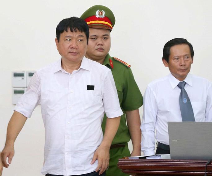Vụ PVN góp vốn vào Oceanbank: Ninh Văn Quỳnh nhận lót tay 180 tỉ đồng? - Ảnh 1.