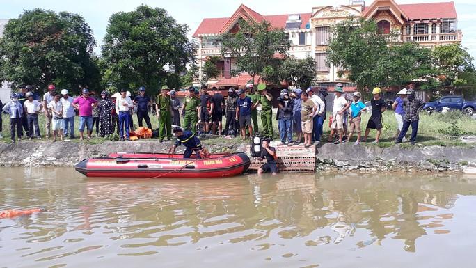 Tắm sông lúc sáng sớm, người đàn ông bị nước cuốn mất tích - Ảnh 2.
