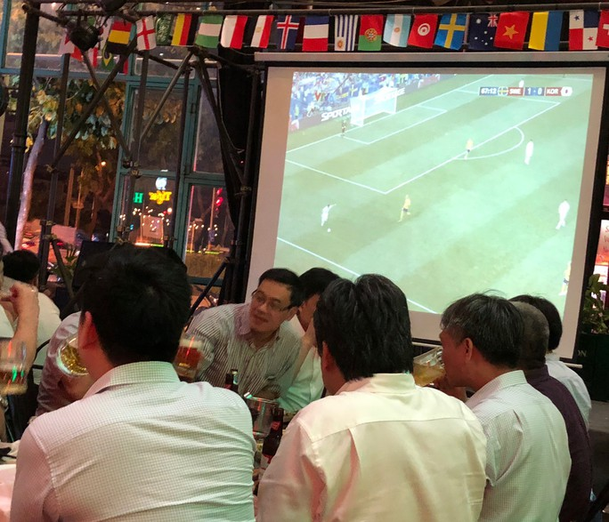 Quý ông đột quỵ tăng vọt mùa World Cup - Ảnh 2.